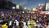 Miles de personas apoyan en Madrid la moción de censura contra Rajoy