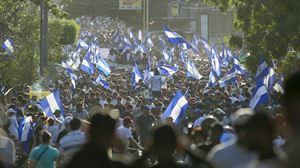 Imagen de una de las muchas protestas de ayer. Foto: EFE