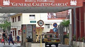Vista general de la entrada al Hospital Calixto García en La Habana (Cuba). Foto: EFE
