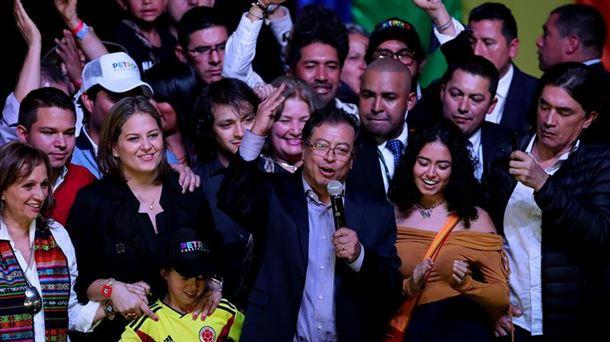 Gustavo Petro el candidato de la izquierda que podría llegar a la Presidencia