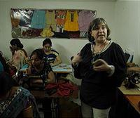 Belén, de Oñati, muy implicada en mejorar la vida de Delhi y sus mujeres