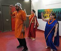 Belén, dantzari de Bollywood por un día, en Delhi
