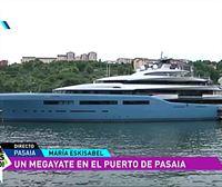 Un megayate, la gran atracción del verano en el puerto de Pasaia