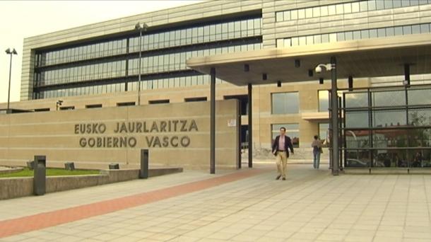 Sin acuerdo sobre la reforma laboral eitb v deos for Oficinas laboral kutxa bilbao