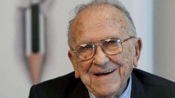 Muere Carrillo | Fallece Santiago Carrillo: Muere un histórico del PCE |  Política | EITB