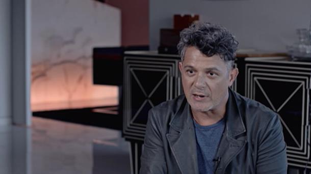 Todos Los Tatuajes De Alejandro Sanz vídeo de alejandro sanz tiene tatuajes de partes del guernica de