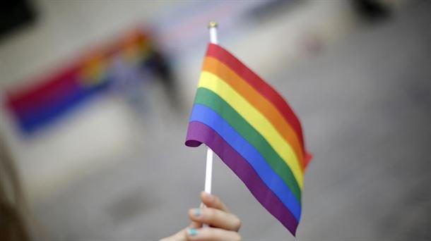 Ley Trans permitirá a menores cambiar de sexo en el registro sin informe médico | Sociedad | EITB