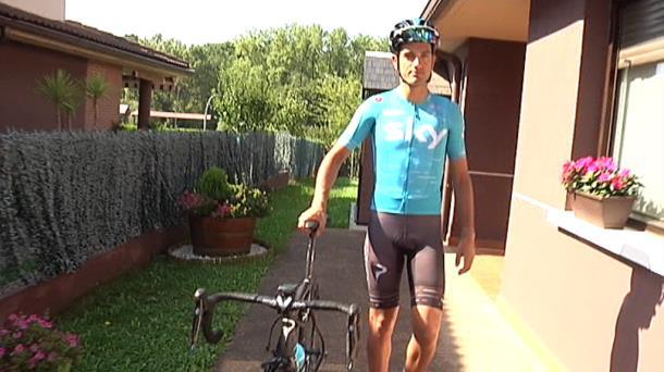 Video Entrevista A Benat Intxausti Tras Su Reaparacion Despues De Un Ano Ciclismo Eitb