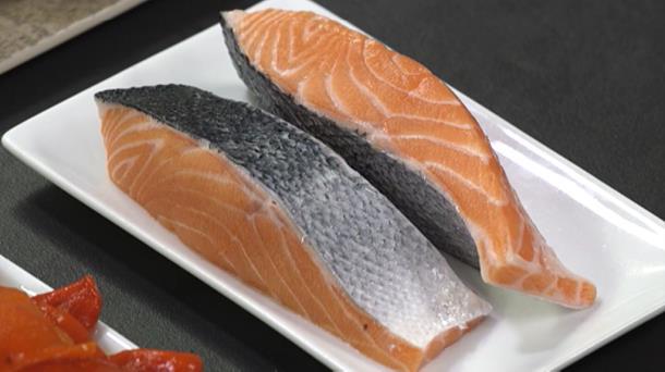 Vídeo: ¿Por qué no debemos consumir habitualmente salmón? | A ...