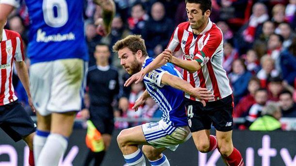 Susaeta e Illarramendi durante un Athletic - Real Sociedad. Foto: EFE