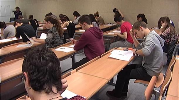 Uno de cada diez universitarios españoles declara haber tenido pensamientos suicidas en el primer año de carrera