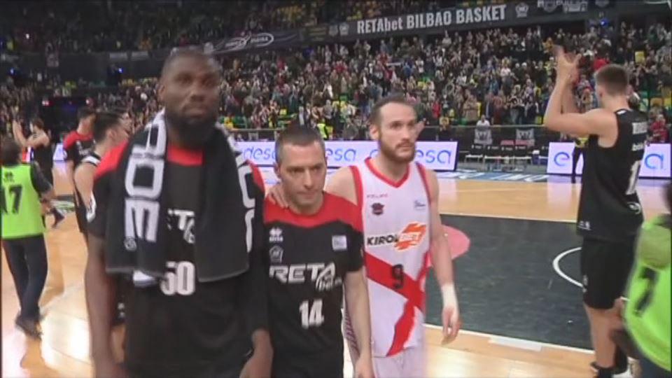 Vídeo  Tristeza en el Bilbao Arena tras el descenso del RETAbet Bilbao  Basket  1c7da74489916
