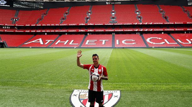 10c4f71fcacaf LaLiga Santander fichajes  El Athletic Club presenta a Dani García ...