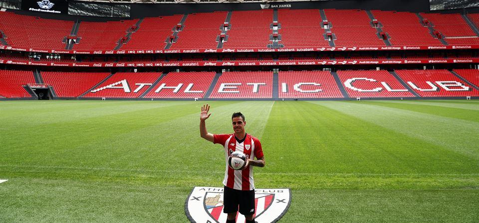 Vídeo  Presentación de Dani García como jugador del Athletic Club ... 49b4bad201ec3