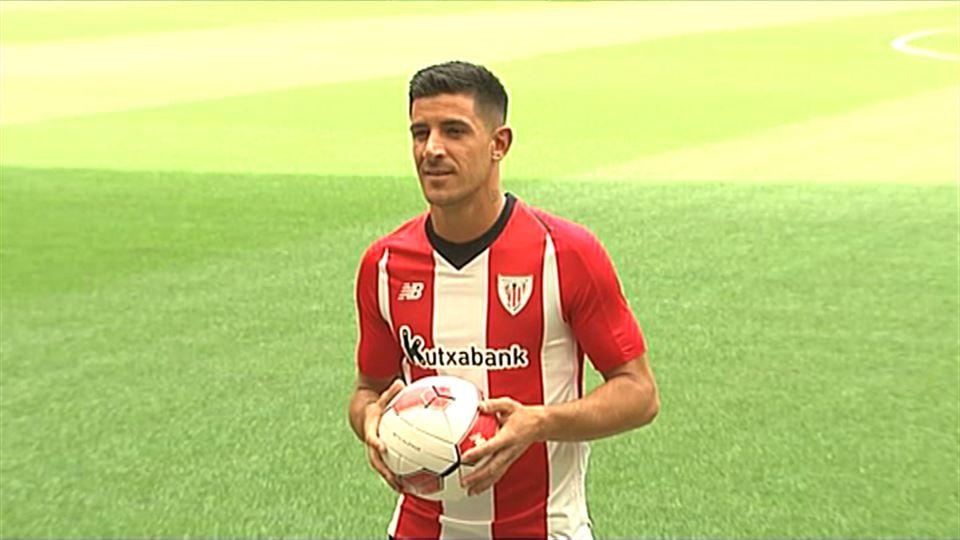 13dd0386609ad Vídeo  Presentación de Yuri Berchiche como futbolista del Athletic Club