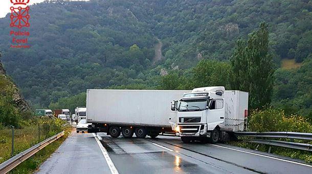 El siniestro se ha producido a la altura de Latasa (Navarra). Foto: @policiaforal_na