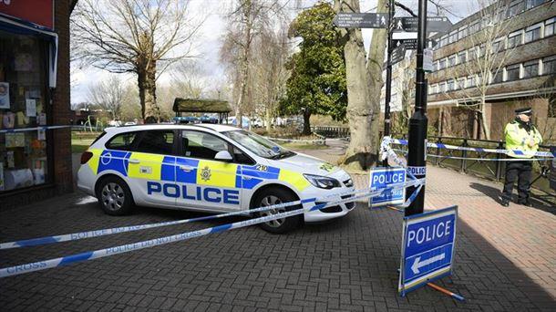 Dos atendidos tras comer en Salisbury, donde fueron envenenados los Skripal