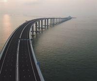 Inaugurado en China el puente sobre el mar más largo del mundo
