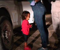 La foto de una niña llorando en la caravana de migrantes gana el World Press Photo