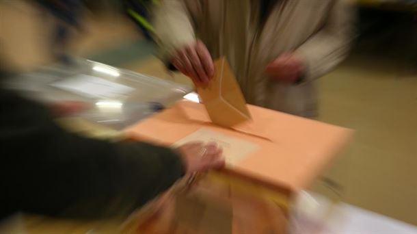 Votación en las elecciones generales de 2019. Foto: Efe