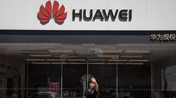 Resultado de imagen para Cómo le afecta el veto de Google si tiene un Huawei