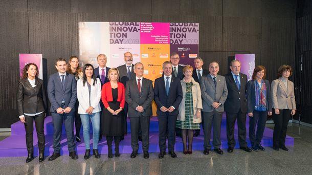 Urkullu asiste a la inauguración la XIX Semana de la Ciencia, Tecnología e Innovación. Foto: EFE