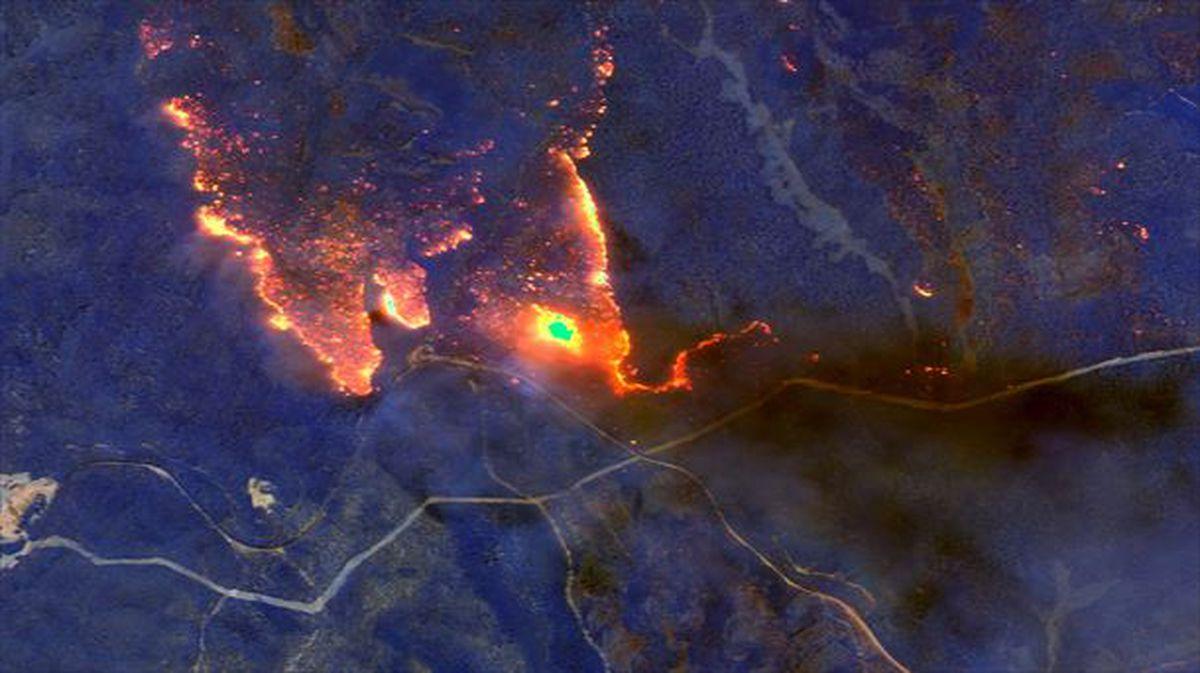 Resultado de imagen para incendios australia satelite