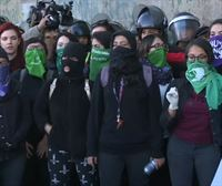 Protesta contra el aumento de los feminicidios en México