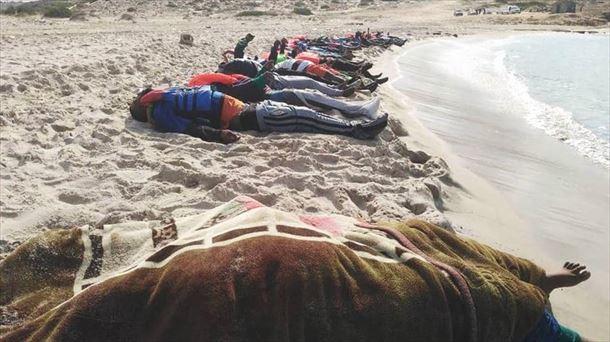 Un segundo naufragio eleva a 94 las personas muertas el jueves frente a Libia