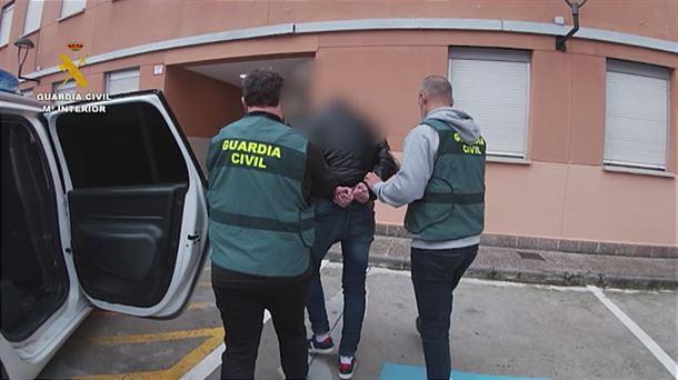 Detenido en Bilbao por 45 delitos de abuso y violencia sexual contra 12 menores |  Sociedad