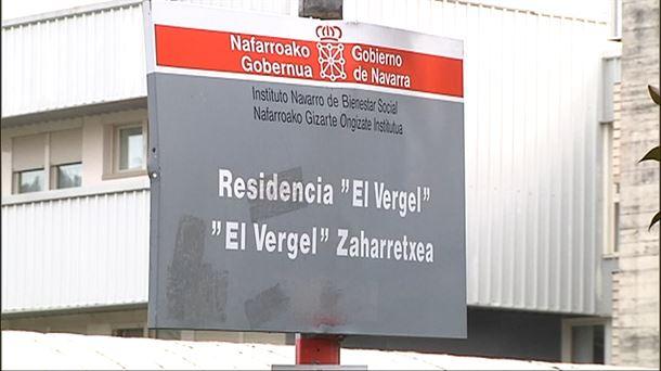 Navarra inicia la vacunación contra el coronavirus en la residencia 'El Vergel' |  Sociedad