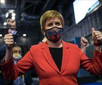 Nicola Sturgeon proclama su victoria en Escocia y buscará un nuevo referéndum