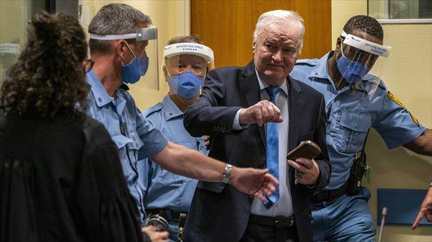 El tribunal de La Haya ratifica la cadena perpetua de Mladic por genocidio