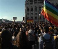 Hungría prohíbe por ley hablar de homosexualidad en los centros escolares