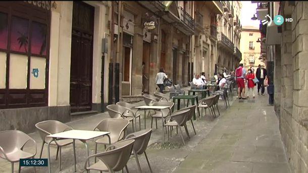 Vídeo Tranquilidad En Las Calles De Portugalete En El Día De La Virgen De La Guía