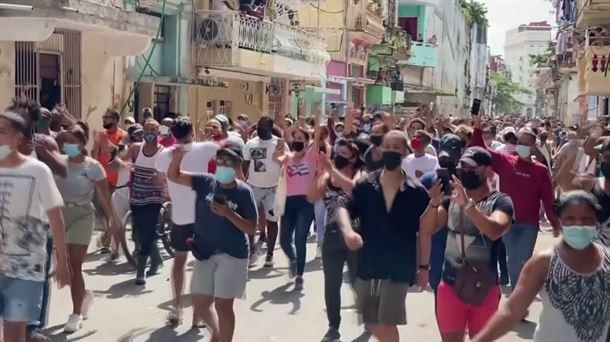 Protestas en varias ciudades de Cuba contra el Gobierno