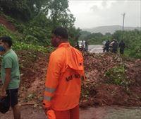 Inundaciones y deslizamientos de tierra dejan 138 muertos y casi 90000 evacuados en India